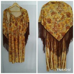 Autumn print vintage dress w fringe shawl