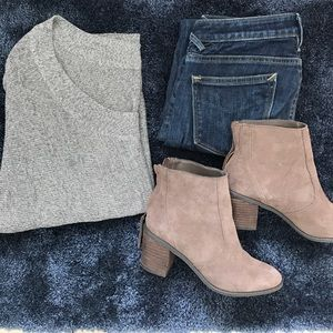 Wet Seal Off the Shoulder Gray Sweater