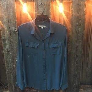 LOFT top. Size large. Barely worn.