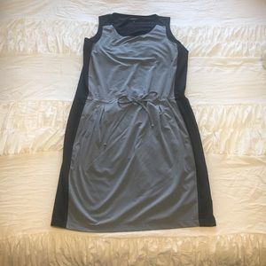 Athleta Grey & Black Pocket Dress