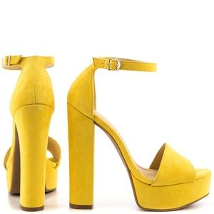 Chinese Laundry - Avenue Sandals (Yellow Micro)