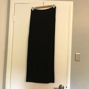 H&M full length black skirt. Size small