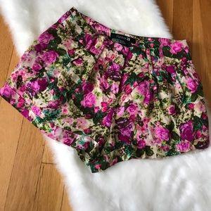 Floral Print Trouser Style Shorts Size XS
