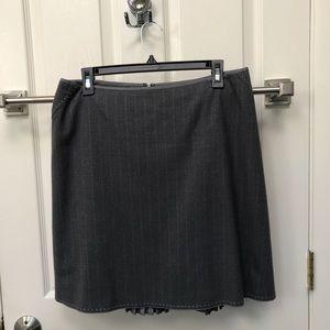 Elie Tahari gray skirt with decorative detail