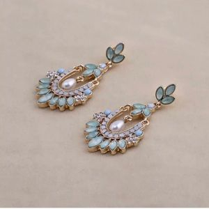 Gorgeous Art Deco Gatsby Style Earrings