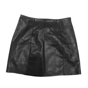 Mini skirt.