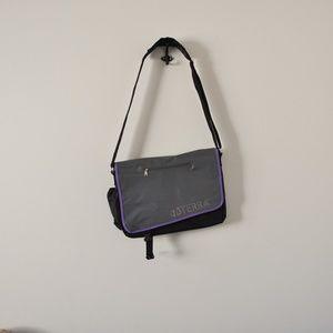 DoTerra crossbody messenger bag essential oils