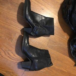 Nine West black bootie