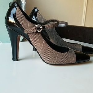 Circa Joan&David shoes size 7.5