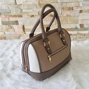 Beautiful Taupe color-blocked handbag