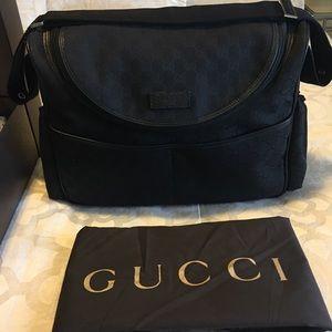%100 Authentic Gucci diaper bag. 🖤