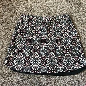 Lush • Geometric pattern skirt