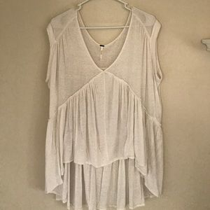 FREE PEOPLE white top (S)
