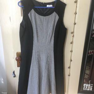 Calvin Klein Size 14 dress color block!