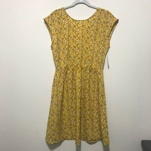NWT Old Navy Outlet Yellow Floral dress!