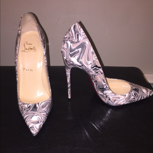 competitive price 6a109 56033 Marble Christian louboutin NWT