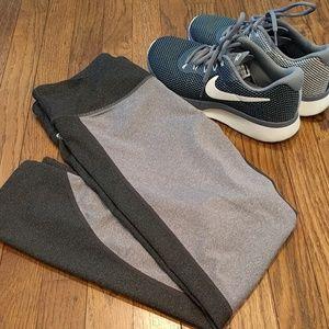 Light/dark grey active capris legging