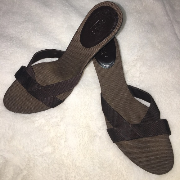 8b07192fbca4 Gucci Shoes - Clearance Great Gucci Slides