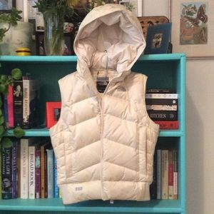 Women's xs/tp down vest with hood