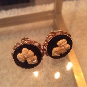 💠 Vintage western Germany cameo earrings jewelry