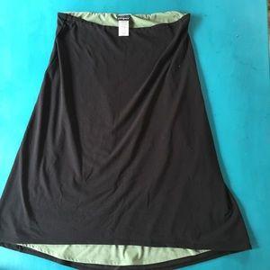 Patagonia Black/Green Skirt