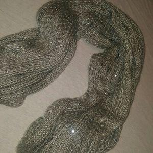 Nordstrom grey knit scarf