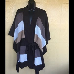 Sweaters - New color block pancho sweater