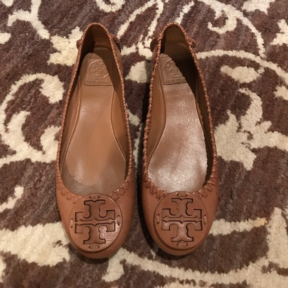 Tory Burch Flats Royal Tan Size 85