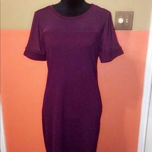 Dresses & Skirts - Burgundy Bodycon Dress