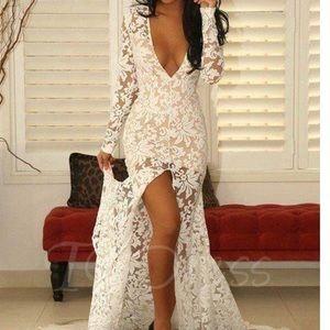 wedding/prom/formal dress • NEVER WORN