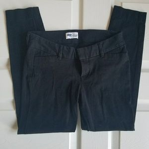 Old Navy Black Pixie Ankle Length Pants 2P