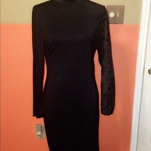 Dresses & Skirts - Black Long Sleeve Bodycon Dress