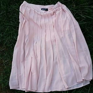 Pleated pink long skirt by Nasty Gal