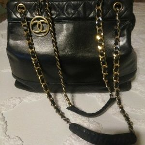 CHANEL Quilted Matelasse Cc Logo Chain Tote Bag