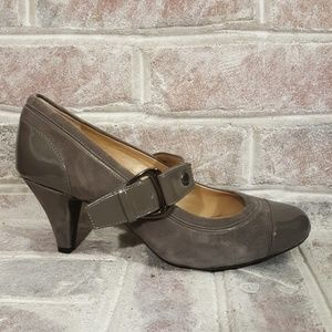 Alex Marie grey suede Pumps