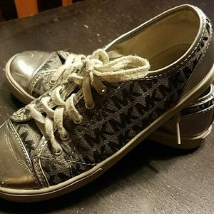 Kids Michael Michael Kors shoes silver size 2