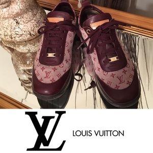 Louis Vuitton Monogram Sneaker SZ 38.5 Authentic!