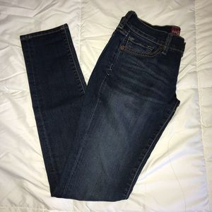 LUCKY BRAND JEANS!