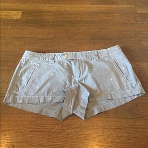 American Eagle 🦅 Short Shorts pinstripes
