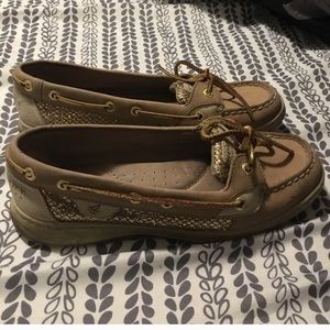 Gold & Tan Sperry Top-Sider angelfish boat shoe