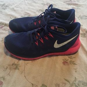 Nike Free Running Shoes 9.5 Excellent Condition