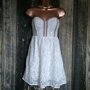 Urban Outfitters // Lace Strapless Mini Dress
