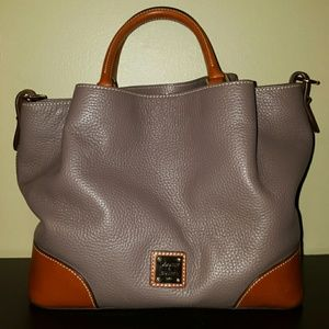 ❤Dooney & Bourke Satchel❤