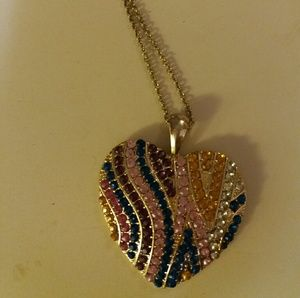 Lovely heart design statement necklace