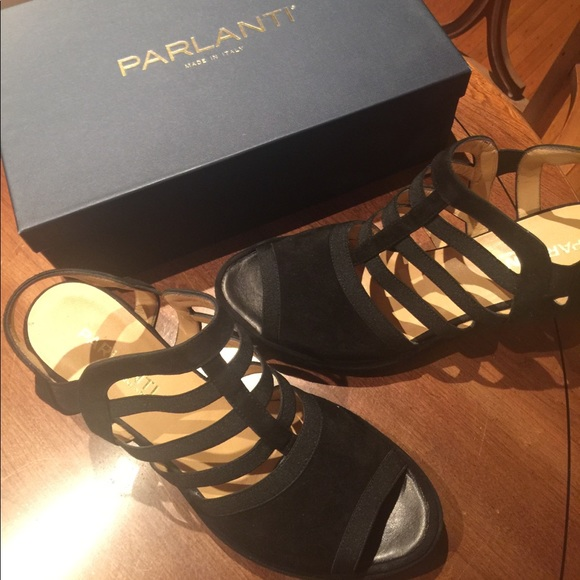 d5f1abe65d6 Black suede women s sandals made by Parlanti.