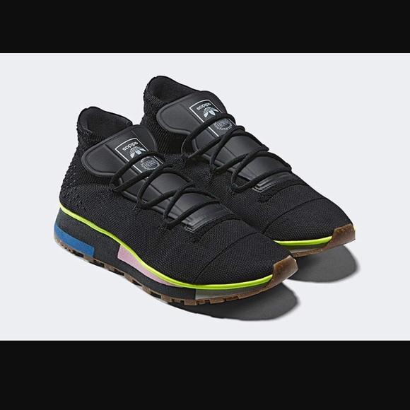 promo code 1e2a7 32ecd alexander wang x adidas mens AW run mid sneaker