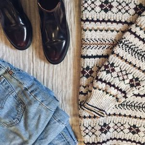 "[NEW] ""Aspen Bold"" Oversized Sweater"