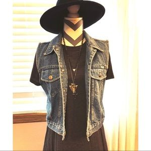 •Vintage 1990s Jean Vest•