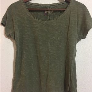 Anthropologist olive green tee