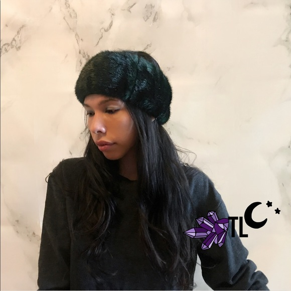Accessories - Dark green faux fur headband 0703880b7a9